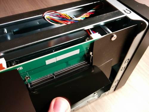 Asustor AS5002T - Ajouter la barrette mémoire