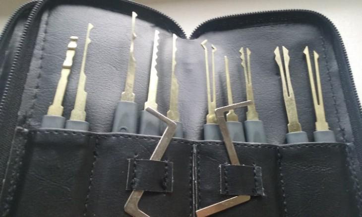 lock-picking-05